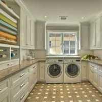 140平米4室2厅2卫的房子8万元装修够吗