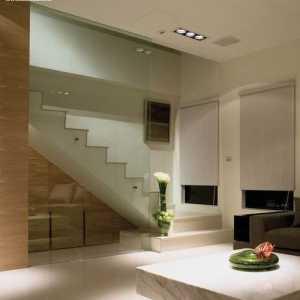 實木櫥柜的整體廚房設計