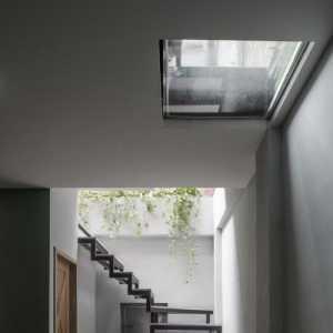 現代簡約風格客廳石材浮雕背景墻裝修效果圖